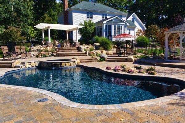 Gunite Inground Swimming Pool & Spa Installation